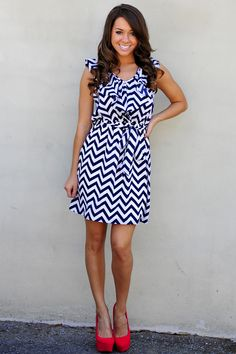 Obsessed With Chevron Dress: Navy with coral pop Chevron Dress, Navy Chevron, Navy Dress, Dress Red, Vogue, Fashion Outfits, Womens Fashion, Dress Fashion, Fashion Ideas