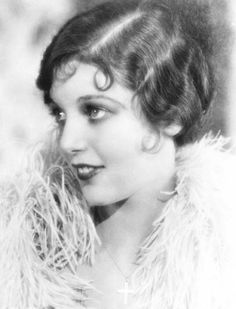 1920s Movies Photograph - Laugh, Clown, Laugh, Loretta Young, 1928 by Everett