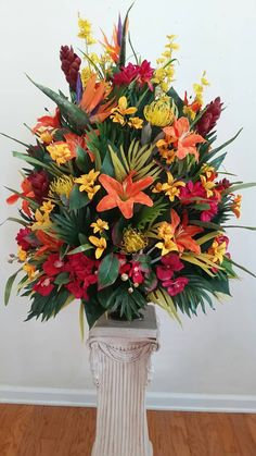 Fantastic Pictures Extra Large Tropical Floral Arrangement Foyer Table Hotel Lobby Conference Room Centerpiece Popular Among the most lovely and sophisticated kinds of flowers, we carefully picked the matching ones and Tropical Flower Arrangements, Funeral Flower Arrangements, Funeral Flowers, Alter Flowers, Large Flowers, Silk Flowers, Fresh Flowers, Purple Flowers, Cemetery Flowers