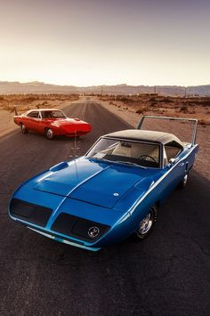 Winged Legends - 1969 Dodge Charger Daytona + 1970 Plymouth Superbird