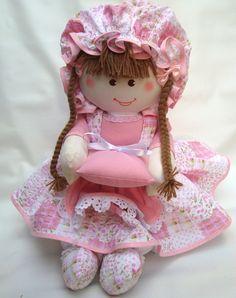 Boneca Branca 38 cm  em tecido de algodão  com enchimento anti alergico, fino acabamento.  temos do mesmo modelo nos seguintes tamanhos;