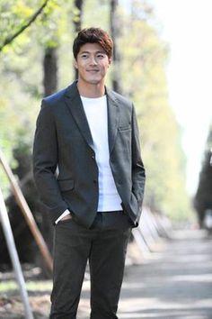 Lee Jae Yoon Golden Rainbow