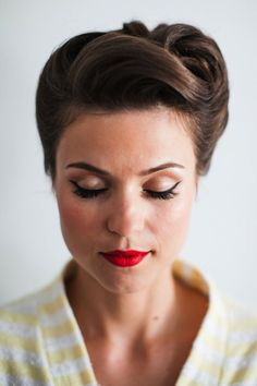 Go for some 1950s glam with this hairstyle.