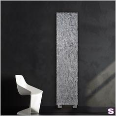 Designheizkörper Kaisu - SEBASTIAN e.K. - Nach einer Idee für einen neuartigen, spektakulären Heizkörper entstand Kaisu. Durch das hochmoderne und futuristische Design eignet sich dieser Heizkörper perfekt für den angesagten Industrielook. #design #radiator
