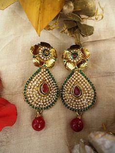 Golden Flower polki earring
