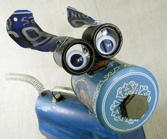 Sculpture by Will Wagenaar BLUEBELL - The True Blue Robot Dog.....fobot
