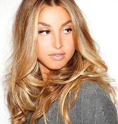 I will say this till the day I die. Whitney Port has the best color blonde hair I have ever seen. I wanna wake up with her hair