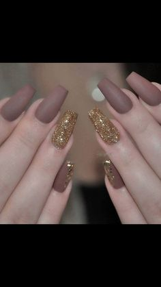 Are you tired of single-toned nails and the same old and boring patterns? Looking for some nail art inspiration? Get ready for some manicure magic with these hot and amazing nail art designs. Nail Art Designs 2016, Cute Nail Designs, Acrylic Nail Designs, Fancy Nails, Gold Nails, Matte Nails, Acrylic Nails, Gold Glitter, Glitter Nails
