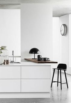 4 Agreeable Tips: Boho Minimalist Kitchen Apartment Therapy cosy minimalist home texture.Cozy Minimalist Home Interior Design minimalist home decorating small houses. Interior Design Minimalist, Interior Desing, Home Interior, Kitchen Interior, Interior Inspiration, Design Inspiration, Kitchen Inspiration, Interior Office, Danish Kitchen