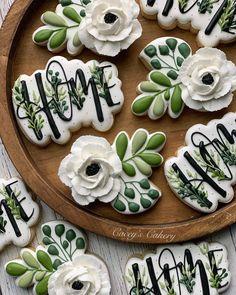 Fancy Cookies, Iced Cookies, Cute Cookies, Easter Cookies, Royal Icing Cookies, Cupcake Cookies, Sugar Cookies, Tapas, Galletas Cookies