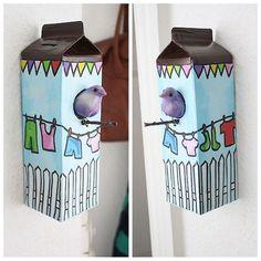 rainbowsandunicornscrafts:    DIY Milk Carton Birdhouse. From Wooz.dk here.