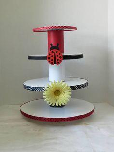 DIY Ladybug Cupcake Stand