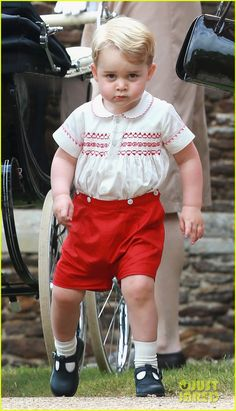 Prince George Wears Almost Identical Outfit to Father Prince William When He Was a Baby!