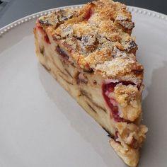 Desserts Français, French Desserts, Prune, Sweet Life, Cheesecakes, Quiche, French Toast, Breakfast, Beignets