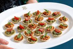 Basil and ricotta tartlets recipe starter/mini bites рецепты Savory Snacks, Healthy Appetizers, Appetizer Recipes, Snack Recipes, Cooking Recipes, Fancy Appetizers, Wedding Appetizers, Cooking Ideas, Healthy Food
