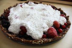 raw vegan coconut berries cake:)