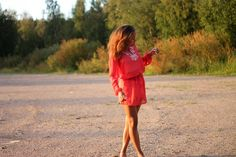 http://pictureme-m.blogspot.fi/2014/08/sunset-dress.html