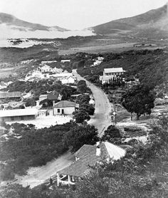 Main Road Hout Bay 1905 | Flickr - Photo Sharing! Most Beautiful Cities, Beautiful Places To Visit, Old Pictures, Old Photos, South African Air Force, Cape Town South Africa, The Beautiful Country, African History, Live
