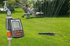 Geen zin of te druk om de tuin te sproeien, dan kiest u voor een sproei-comuter.