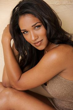 """Candice Patton (Isis West    """"The Flash"""")"""