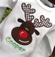 Cute reindeer applique-would make a cute package front