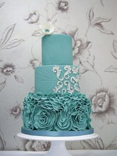 Teal ruffles wedding cake