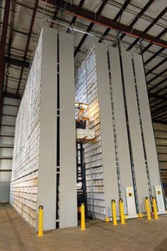 SpaceSpacer XTend™ System is a mobile high-bay storage system. With its smaller footprint, this system is space efficient and cost effective, customizable, and provides greater storage density.
