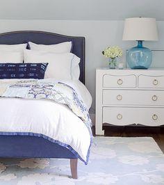 Navy and white. Navy and white interiors. Navy and white bedroom. #Navy #White #Interiors #Bedroom Kristina Crestin Design.