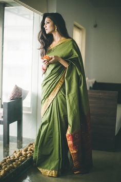 Looking for half saree color combinations ? Check out 21 cool looking half saree designs with trending colors and modern appeal. Indian Attire, Indian Wear, Indian Dresses, Indian Outfits, Ethnic Fashion, Indian Fashion, Vogue, Designer Saree Blouses, Moda India