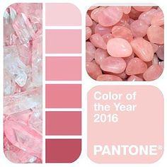 Pantone escolheu Rose Quartz como a cor do ano de 2016.  O Rosa quartzo é um tom mais pastel e substituirá o forte tom Marsala. O que voces acharam da cor?  #pantone #2016 #cordoano #tonspasteis #casamento #inspiração #noivas #decoração #coloroftheyear