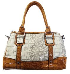 Take a look at our fashion Handbags, like this http://www.impex-lederwaren.de