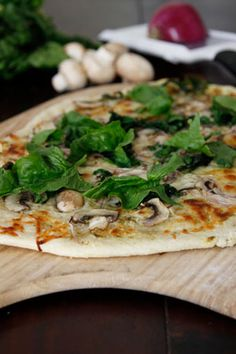 Mushroom & Spinach Pizza with homemade dough using a stand mixer, from an Italian cook
