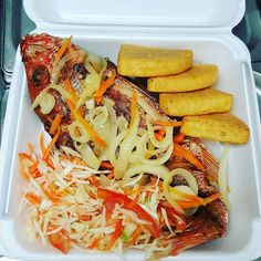 Escovitch fish is the Jamaican version of the Spanish Escabéche (searing of meat or fish and adding to a vinegar salad, served cold or at room temperature with bammy Jamaican Restaurant, Jamaican Cuisine, Jamaican Dishes, Jamaican Recipes, Guyanese Recipes, Jamaican Curry, Haitian Food Recipes, Fish Recipes, Seafood Recipes