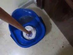 COMO LIMPIAR LOS SUELOS DE CASA CON BICARBONATO Y LIMON Prepara esta mezcla aparte, donde juntas vinagre, limon y bicarbonato.... Sobre agua caliente, mezcla...