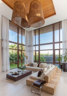 This tropical minimalist home by Valencia and Go stands out in Iloilo Modern Tropical House, Tropical House Design, Tropical Interior, Patio Interior, Interior Exterior, Interior Design Living Room, Living Room Designs, Tropical Homes, Tropical Plants