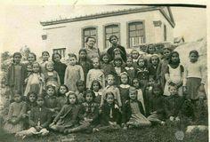 SKIATHOS Skiathos Island, Greece Pictures, Vintage Pictures, The Past, Memories, Sea, Drink, History, Children
