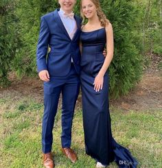 Classy Blue Wedding Tuxedos Groom Suits 2019 New Custom Made Business Yong Man Prom Party Attire Three Piece Set (Jacket + Pants + Vest ) Dark Blue Prom Dresses, Long Prom Dresses Uk, Mermaid Style Prom Dresses, Prom Dresses Under 100, Formal Evening Dresses, Formal Gowns, Blue Tuxedo Wedding, Wedding Tuxedos, Prom Party