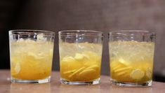 """Ginger Margarita Photo: TV-series """"Anne lager mat i New York"""" / DR Malted Barley, All Beer, Orange Peel, Tequila, Cocktail Recipes, Pint Glass, Brewing, Spices"""