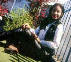Selena Quintanilla Perez uploaded by Selena Quintanilla Perez, Suzette Quintanilla, Beautiful Person, Beautiful Soul, Selena Pictures, Selena Pics, Selena Selena, Selena And Chris, Real Queens