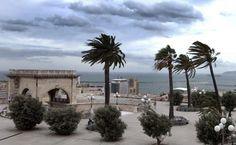 Cagliari, bastione di saint remy. Maestrale a 120 km/h