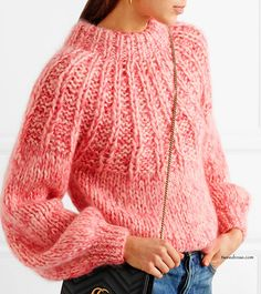 "MUST HAVE: GANNI Julliard bow-embellished mohair and wool-blend sweater ""From the perfect big-wow dress to her favourite silk shirt, we have an instinct for pieces that women who love fashion need in their life,"" says Co… Handgestrickte Pullover, Stylish Outfits, Fashion Outfits, Casual Fashion Trends, Big Knits, Tweed, Mohair Sweater, How To Purl Knit, Elegant Outfit"