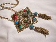 fantastic snake necklace  http://www.rubyplaza.com/item/650016-1639/Outstanding-huge-Etruscan-revival-Tassel