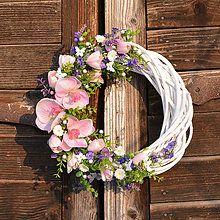 Veniec s orchideou / Hydrangea - SAShE. Grapevine Wreath, Paper Flowers, Flower Arrangements, Floral Wreath, Easter, Spring, Board, Wreaths, Wreath Ideas