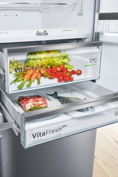 VitaFresh's temperature and humidity controlled compartments enable you to store different fresh foods separately and in the best possible environment. Built In Fridge Freezer, Integrated Fridge, Fish And Meat, Temperature And Humidity, Stay Cool, Food Items, Innovation Design, Healthy Lifestyle, Kitchen Cabinets