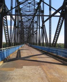 You'll Want To Cross These 10 Amazing Bridges In Illinois Bridges, Illinois, Sidewalk, Universe, Amazing, Beautiful, Outer Space, The Universe, Pavement