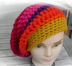 Farbenfrohe Ballonmütze aus 100 % Merinowolle von Deine-Wunschmütze auf DaWanda.com