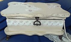 Vintage decoupage shabby chic lace box