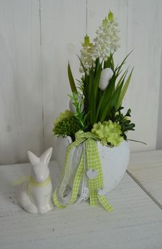 Easter Table Decorations, Birthday Party Decorations, Easter Plants, Funny Easter Bunny, Diy Osterschmuck, Easter Printables, Crafts, Etsy, Blog