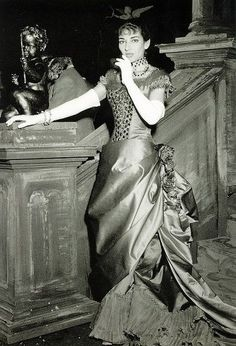 Violetta returns to Paris dressed in red satin. The 1880 Traviata with Callas at La Scala designed by Lila de Nobili & directed by Visconti.