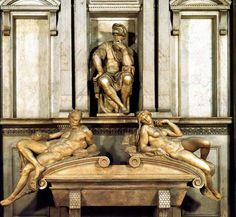 Sculpture in the Medici Chapel, San Lorenzo, Florence - The Tomb of Lorenzo de' Medici, Duke of Urbino, with the male Dusk and female Dawn by Michelangelo di Lodovico Buonarroti. Michelangelo Sculpture, Michelangelo Paintings, Italian Renaissance Art, High Renaissance, Miguel Angel, Italian Sculptors, Most Famous Artists, Dawn And Dusk, Sistine Chapel